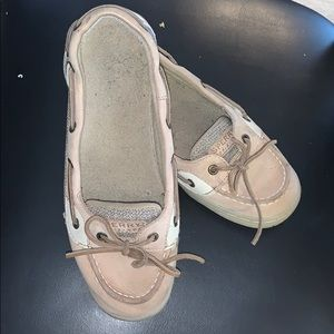 Sperry's angelfish size 6 kids or 7.5 women's